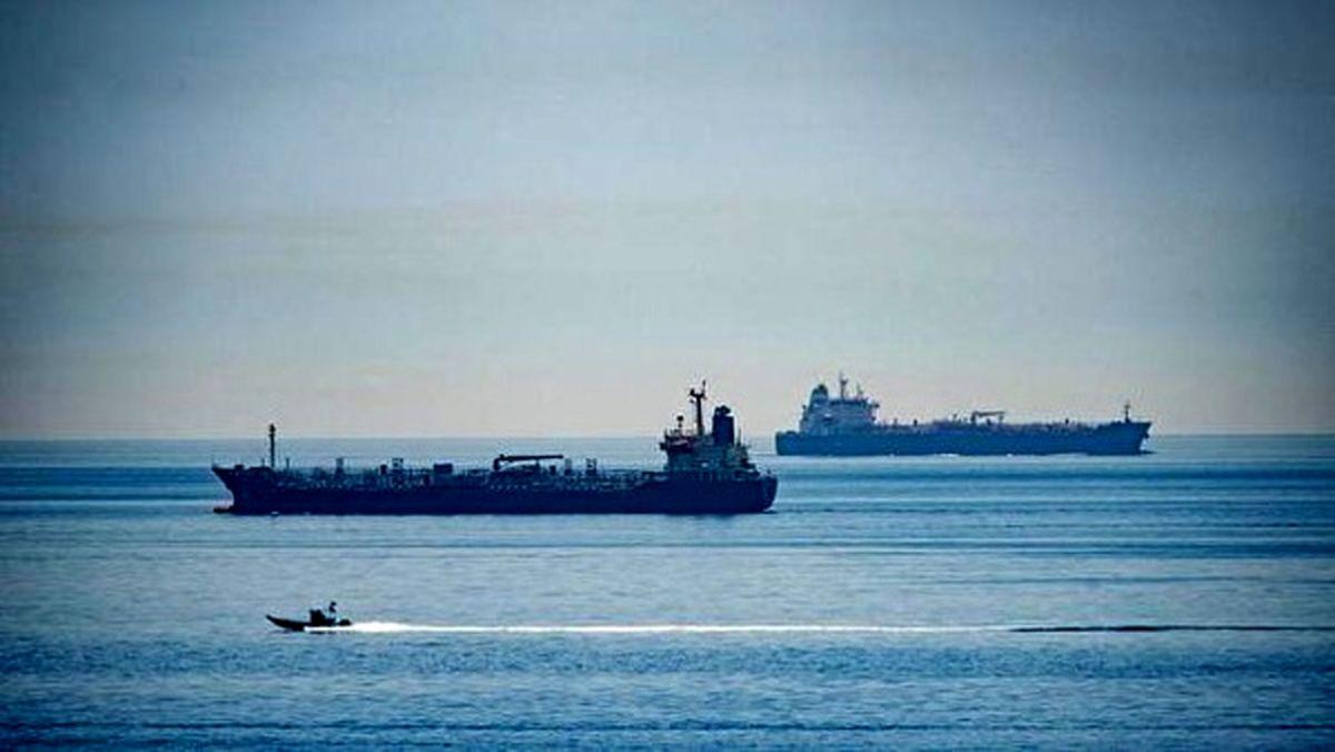 نماینده مجلس: تجارت سوخت ایران-لبنان رایگان نیست