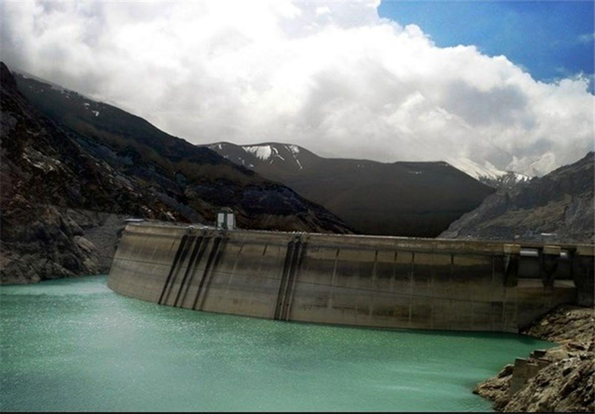 بارندگی 34 درصد کاهش یافت/ سال آبی سختی خواهیم داشت