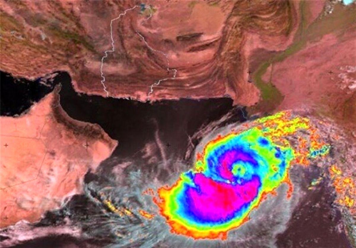 فاصله گرفتن طوفان شاهین از سواحل جنوب به معنی پایان شرایط مخاطره آمیز نیست