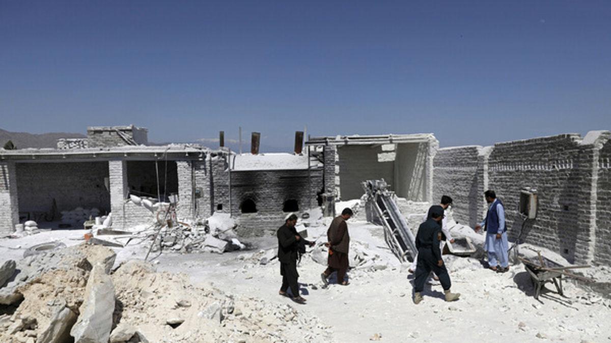 داعش خودروهای گروه طالبان را هدف قرار داد